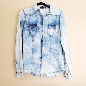 Forever 21 Acid Wash Chambray Top Sz S D19